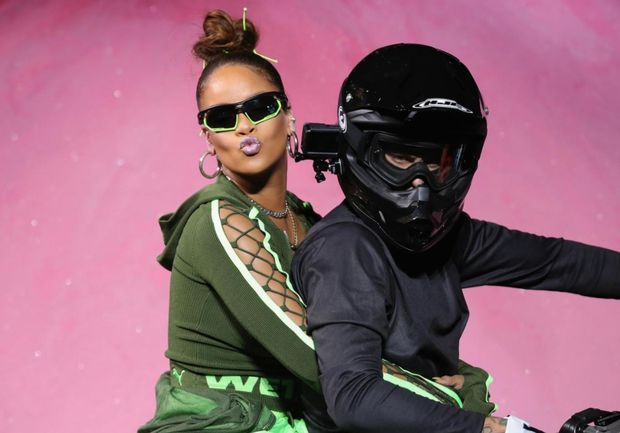 Ріанна на шоу Fenty Puma by Rihanna