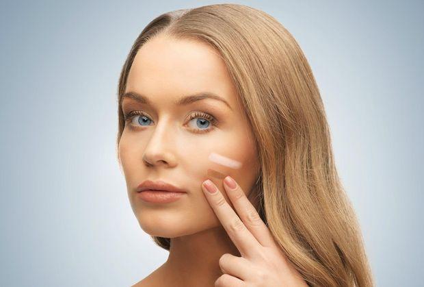 Підбирайте тональний крем в тон шкірі