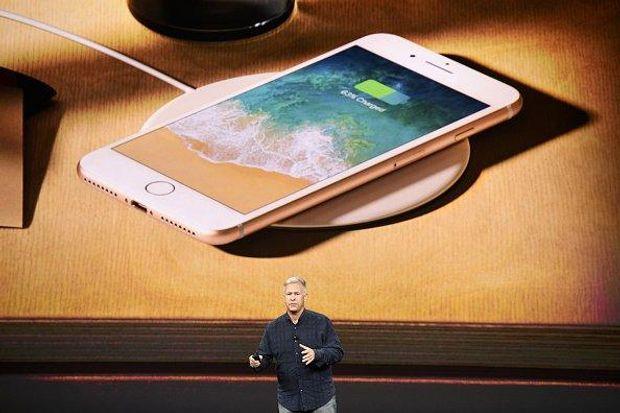 Бездротова зарядка iPhone 8 і iPhone 8 Plus