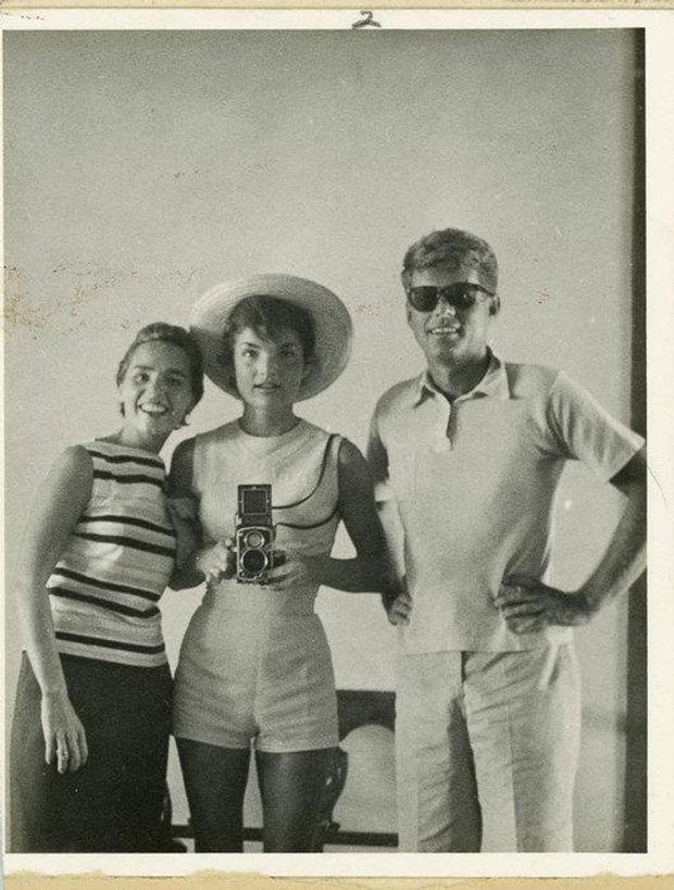 Джон Кеннеді та Жаклін Кеннеді, 1954 рік