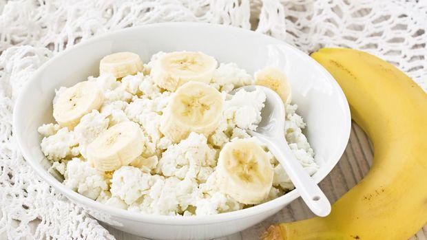 Банан з сиром на сніданок