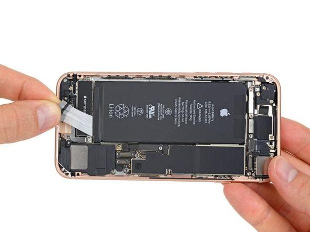 Новий iPhone 8 зсередини