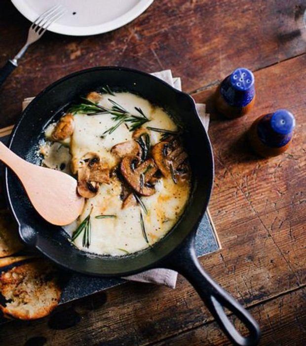 Запечені білі гриби з моцарелою