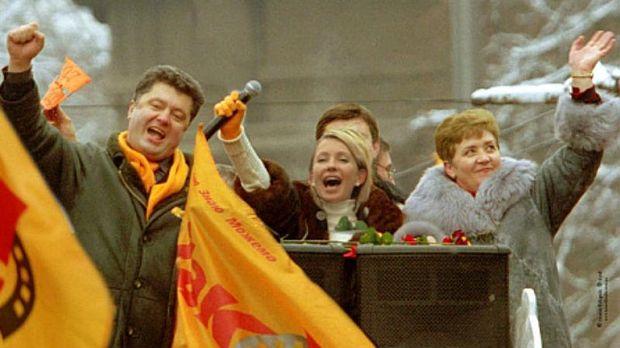 Петро Порошенко під час Помаранчевої революції