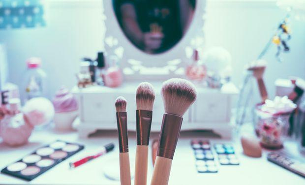 Слідкуйте за терміном придатності косметичних засобів