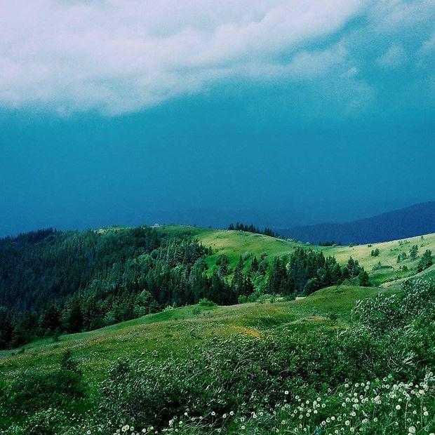 Вид з гори Зворець (літо)