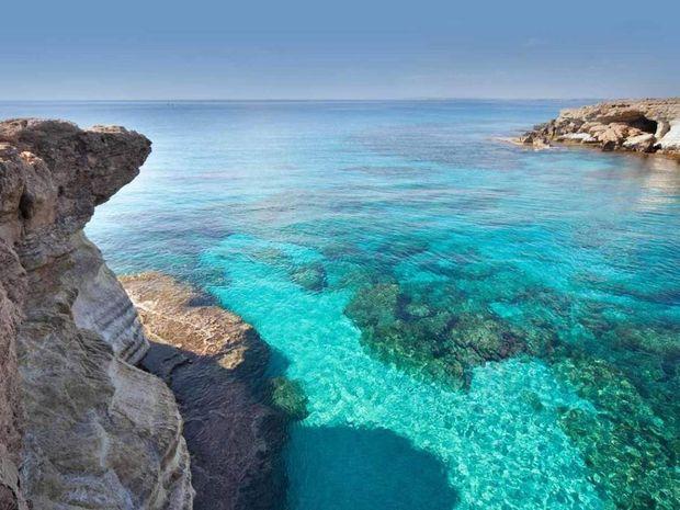 Середземне море, острів Кіпр