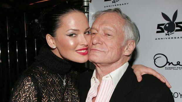 Даша Астаф'єва прикрасила обкладинку ювілейного Playboy