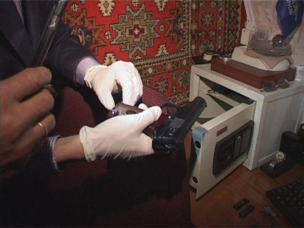 На Дніпропетровщині чоловік підпільно виготовляв зброю