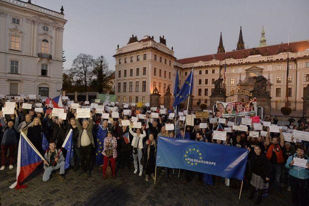 Чехи протестують проти політики Земана