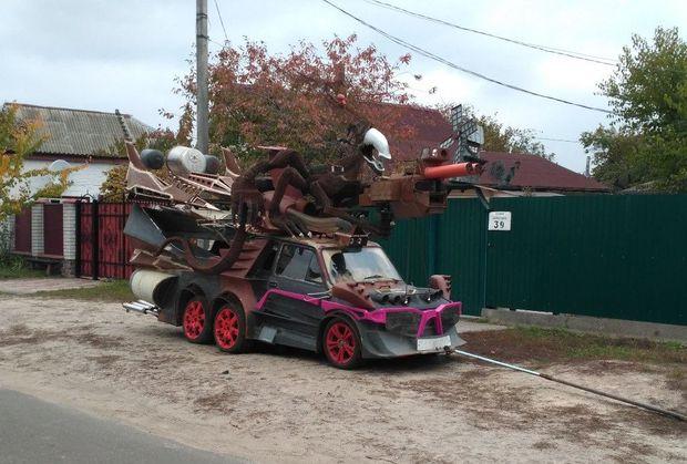 Українець створив автомобіль-чудовисько (ФОТО)