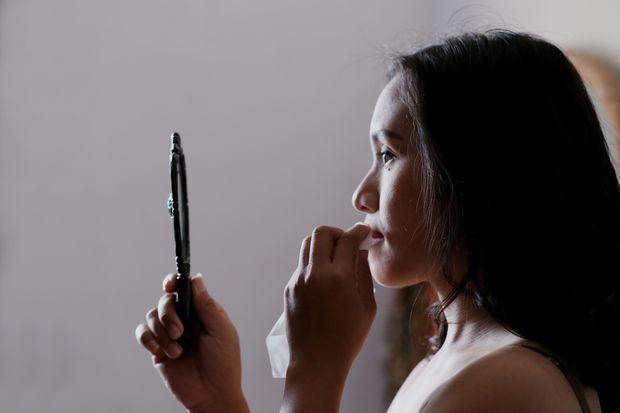 Правильний демакіяж збереже молодість та красу шкіри
