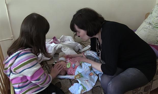 Викрадене у Києві немовля повернулось до батьків