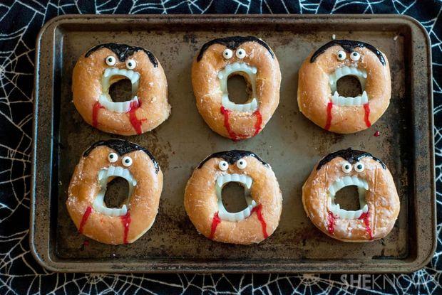 Рецепт пончиків на Хелловін