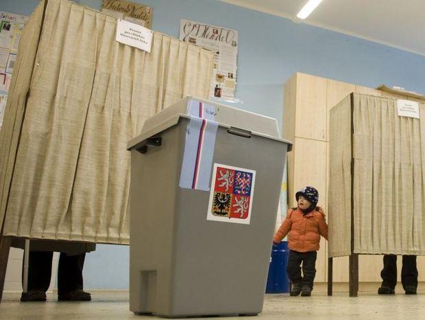 Чехи проголосували за