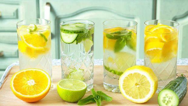 Вода з лимоном допоможе запустити метаболізм
