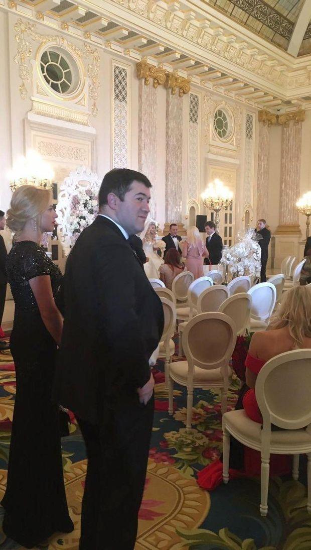 На весіллі Севостьянової і Бернацького був відсторонений голова ДФС Роман Насіров