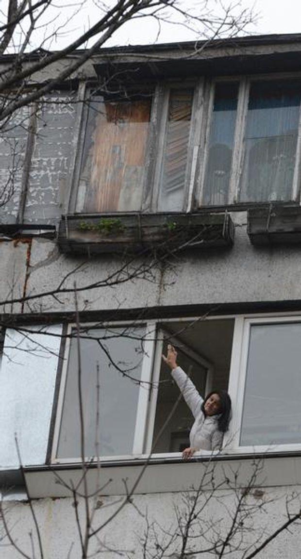 Жінка врятувала чоловіка, який зірвався з 9-го поверху