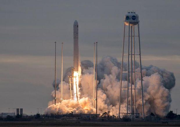 Антарес, США, Україна, ракета, космос