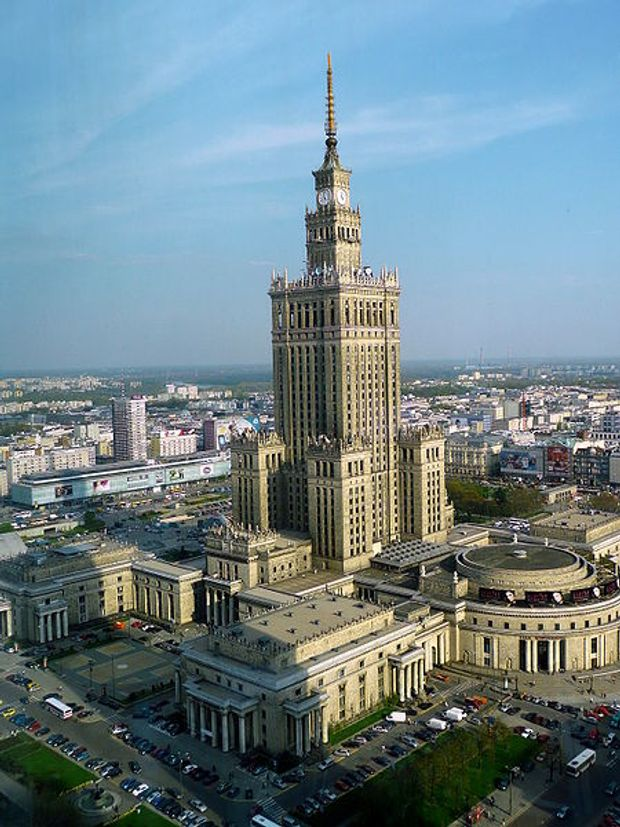 Палац культури і науки у Варшаві