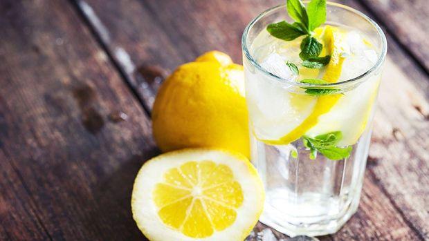 Ранок варто починати із склянки води з лимоном