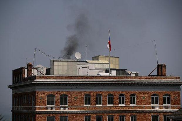 Над консульством РФ у Сан-Франциско бачили чорний дим