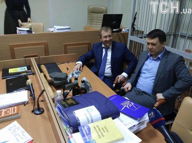 Коктейлі Молотова у суді