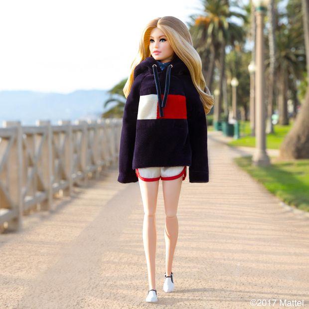Лялька Барбі Джіджі Хадід