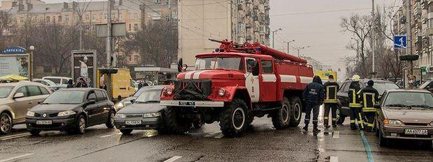 ДТП, Київ, ДСНС, пожежна, аварія