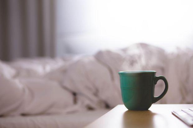 Під час застуди пийте чай з імбиром та медом