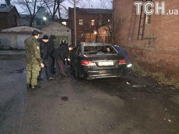 ВДнепре около здания суда взорвали автомобиль обвинителя