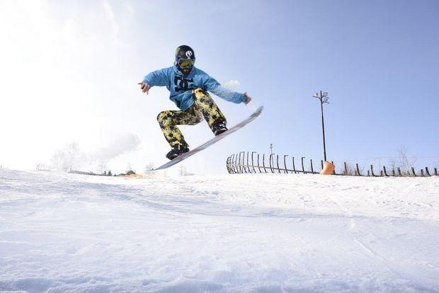 Вишгора лижі сноуборди