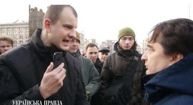 Гужву заплювали на Майдані