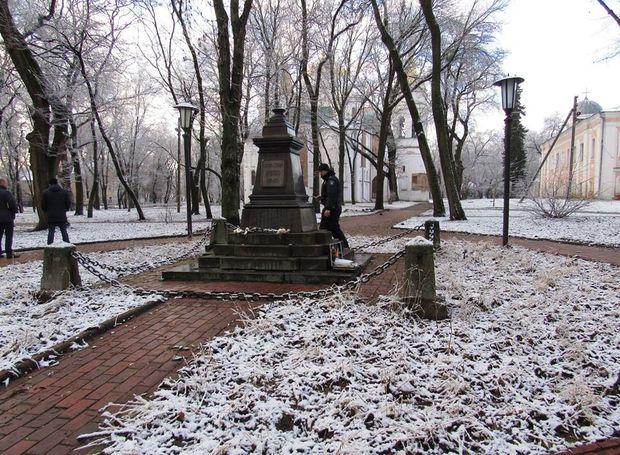 УЧернігові вкрали бронзове погруддя відомого російського поета