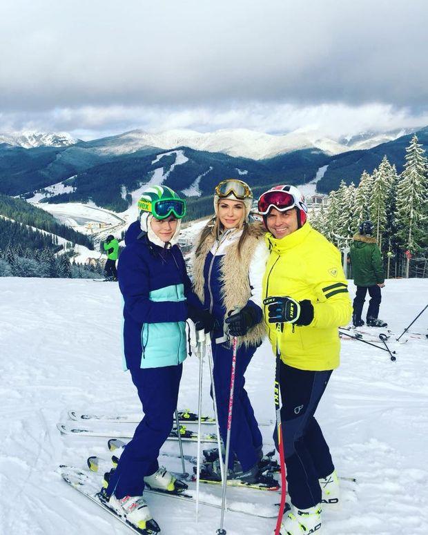Ольга Сумська разом із сім'єю на відпочинку