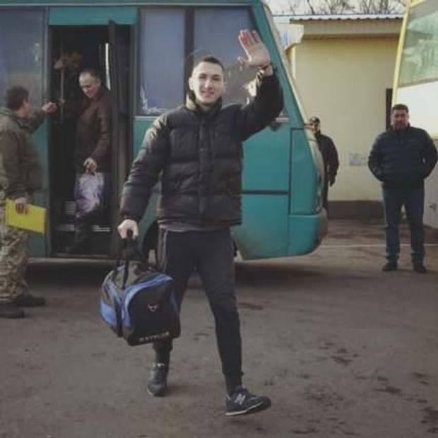 Владислав Овчаренкр: перші кроки на волі