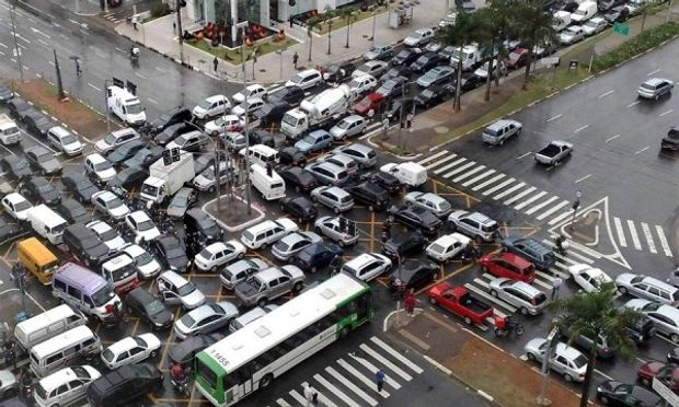 Что делать, если автомобиль потребляет много топлива