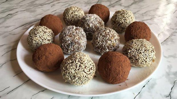 Як приготувати цукерки з сухофруктів та горіхів