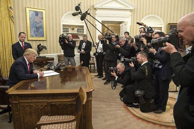 Дональд Трамп указ Obamacare