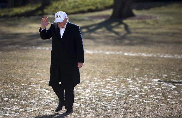 Дональд Трамп кепка