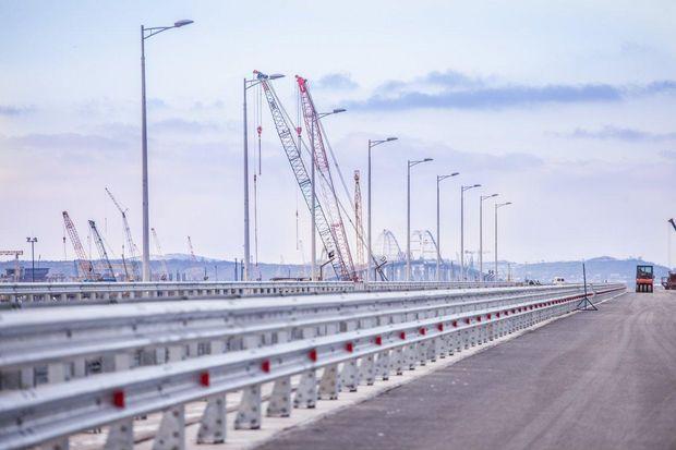 Як будують Керченський міст