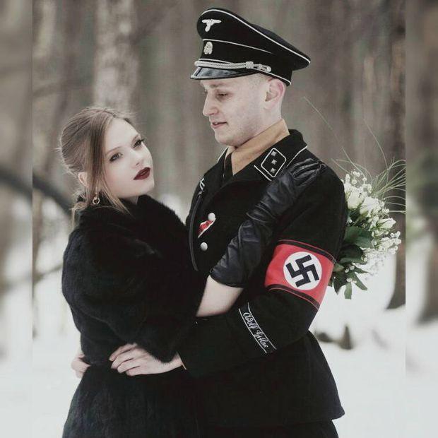 Провокативні фото поліцейського