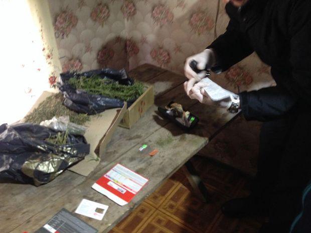 Поліція затримала групу наркодилерів на Сумщині