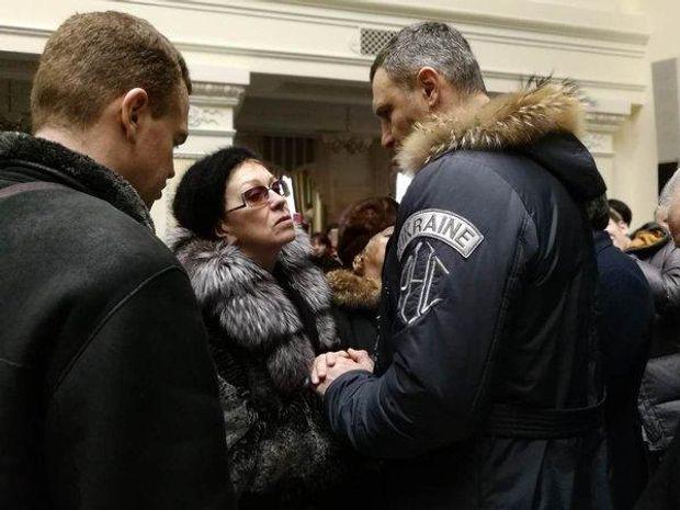 Каденюк похорон Кличко