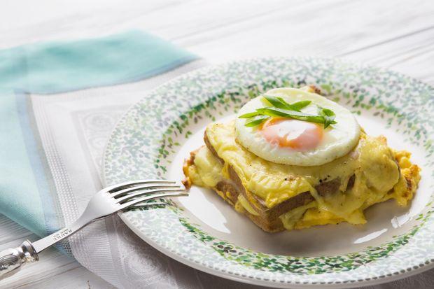Сніданок в ліжко на 14 лютого: рецепт сендвічу крок-мадам