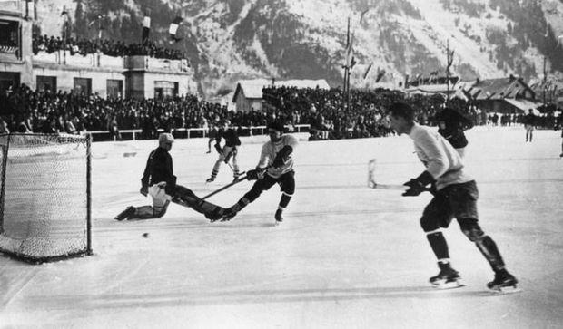 На Зимових Олімпійських Іграх канадські хокеїсти встановили рекорд, забивши 122 шайби