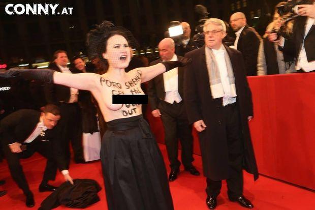 Femen Віденський бал