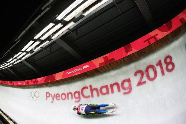 На Олімпіаді-2018 Андрій Мандзій випав з саней