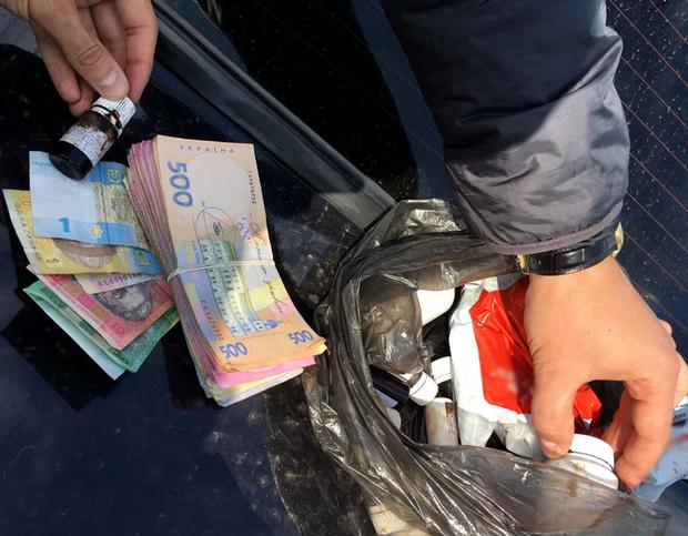 У Києві правопорушники виробляли фальсифікований алкоголь