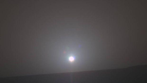 Світанок на Марсі